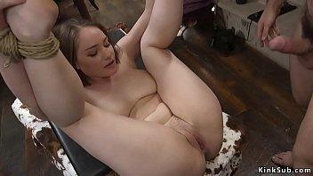 Анне энджел (anne angel) просто обожает своё тело и писсать