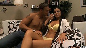 Порно клипы три в одной пилотке глядеть в прямом эфире на 1порно